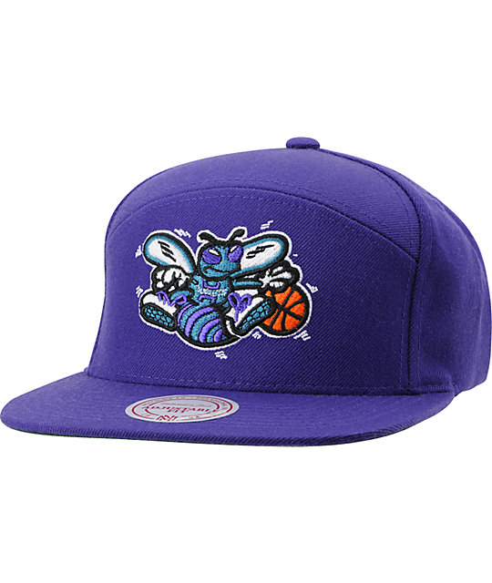NBA Mitchell and Ness Horizontal Charlotte Hornets Snapback Hat