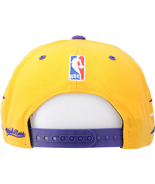 NBA Mitchell and Ness Lakers Diamond Yellow Snapback Hat