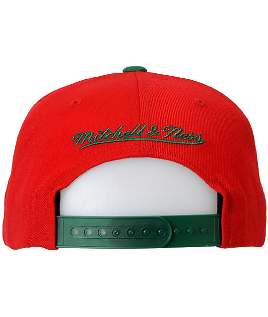 NBA Mitchell and Ness Milwaukee Bucks Basic 2Tone Snapback Hat