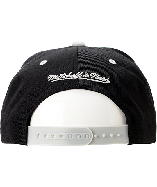 NBA Mitchell and Ness Spurs Grand Arch Black Snapback Hat