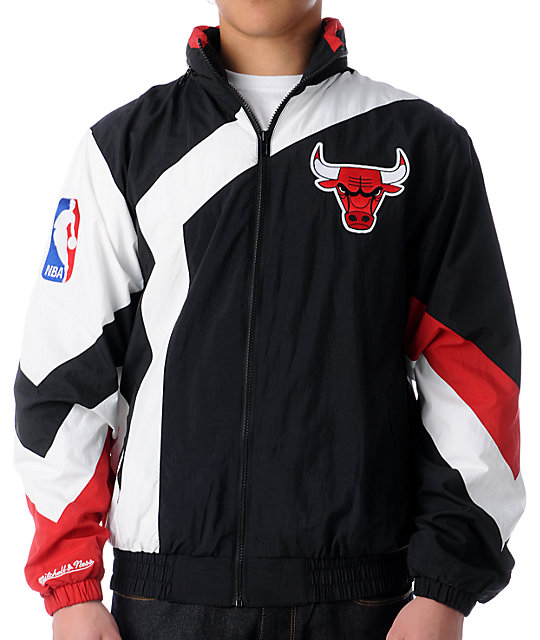 nba mitchell and ness vintage chicago bulls windbreaker at. Black Bedroom Furniture Sets. Home Design Ideas