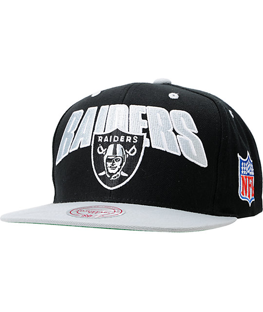 NFL Mitchell and Ness Oakland Raiders Flashback Snapback Hat