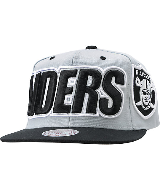 NFL Mitchell and Ness Oakland Raiders XL Snapback Hat