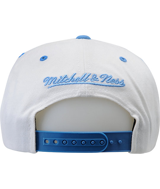 NFL Mitchell and Ness Oilers White Arch Snapback Hat