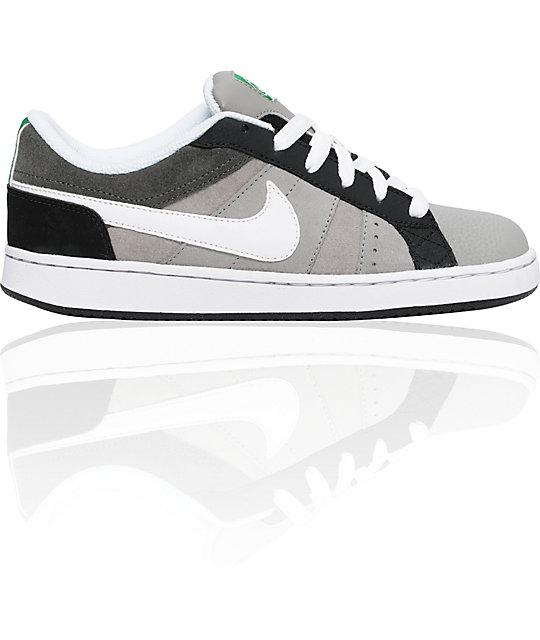 Nike 6.0 Boys Isolate Grey & White Shoes