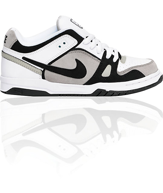 Nike 6.0 Boys Oncore 2 Grey, Black & White