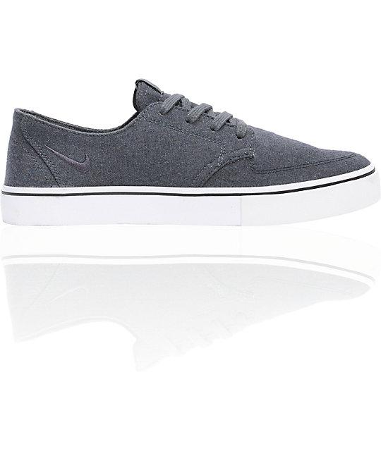 nike 6 0 braata lr premium skate shoes aura central