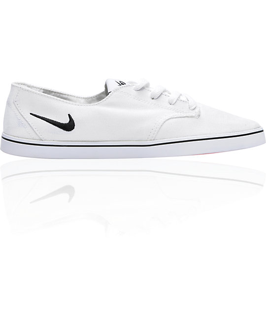 Nike 6.0 Braata Lite White & Black Canvas Shoes