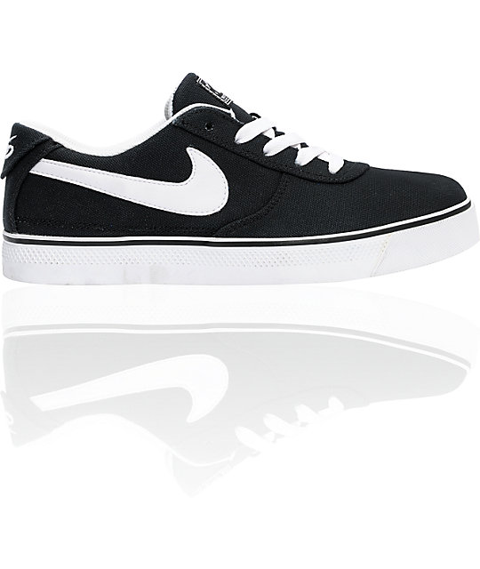 Nike 6.0 Mavrk 2 Low Black & White Canvas Shoes