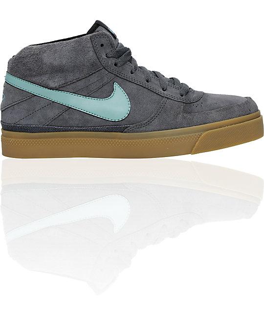 44b8f77310396 Nike 6.0 Shoes Mavrk Mid 2 - Musée des impressionnismes Giverny