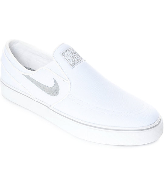 nike canvas sneakers slip on
