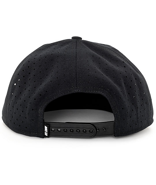 Nike SB Reflect Performance Pro Snapback Hat