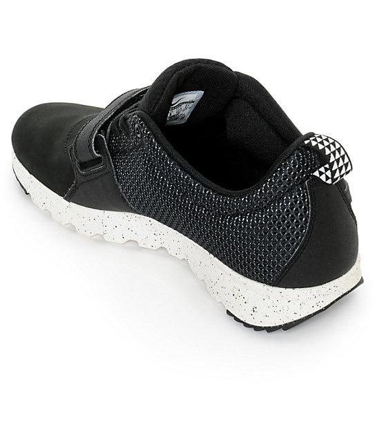 ... Nike SB Trainerendor Black & White Shoes ...