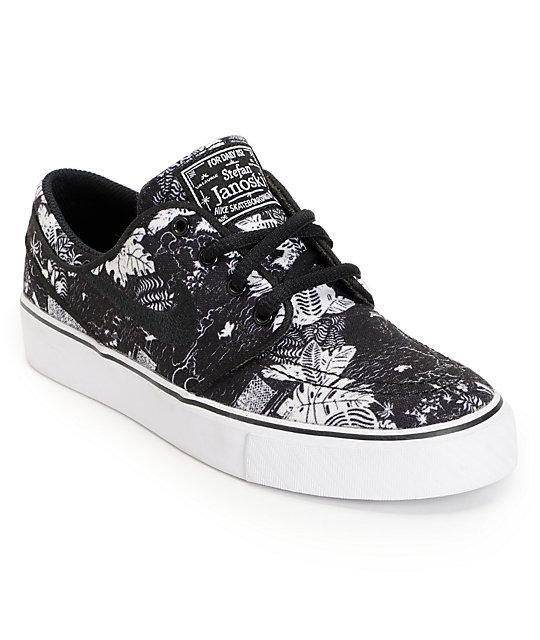 nike sb zoom janoski gs black white print boys shoe at. Black Bedroom Furniture Sets. Home Design Ideas