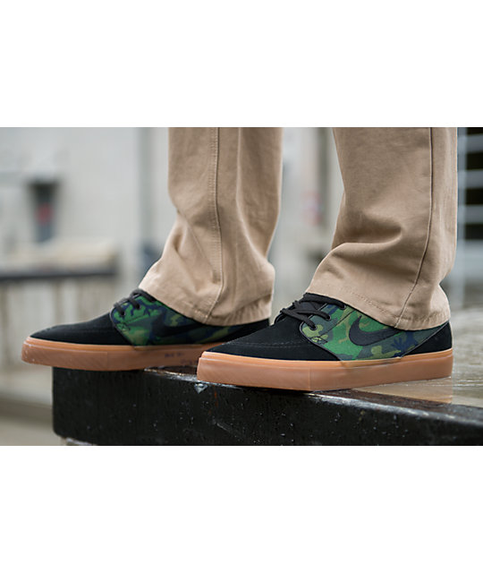 "Nike SB Zoom Stefan Janoski "" Jungle Camo""  & Black Shoes"