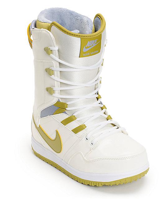 Nike Vapen White & Black Snowboard Boots