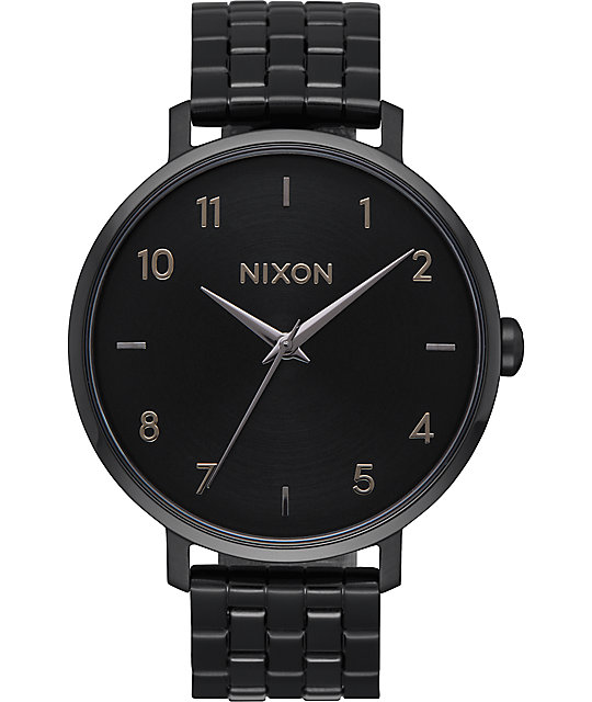 nixon arrow all black