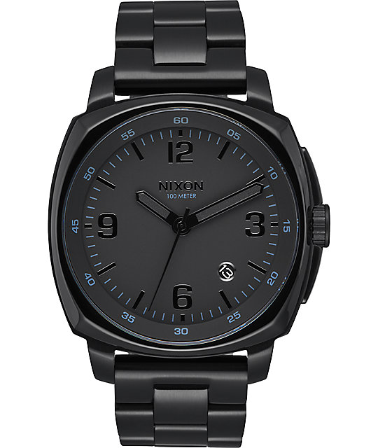 nixon charger all black