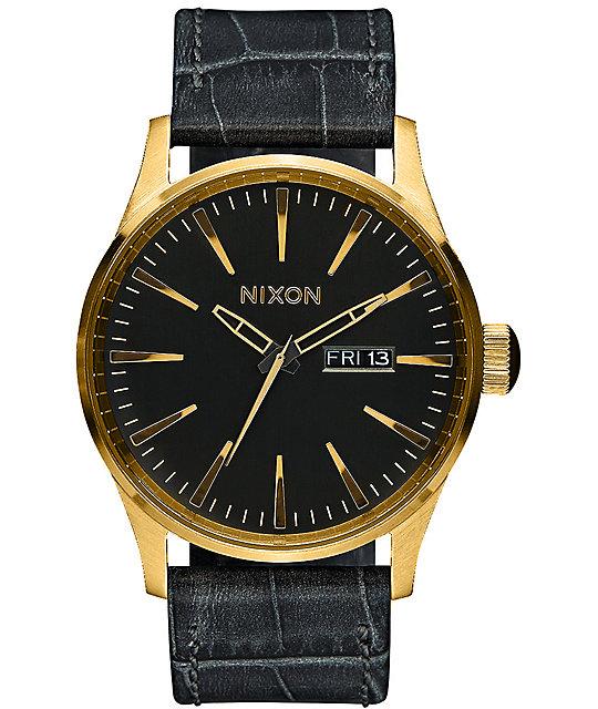 Nixon sentry leather analog watch zumiez for Watches zumiez