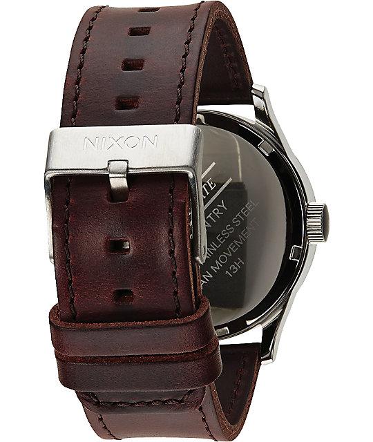 Nixon Sentry Leather Analog Watch