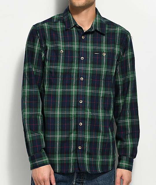 Shop Old Navy's Relaxed Plaid Twill Classic Shirt for Women: Spread collar.,Long sleeves, with buttoned cuffs.,Seven-button placket.,Patch pocket at chest.,Curved hem, with vented sides.,Soft-washed cotton twill has a flannel-like look and feel.,All-over plaid pattern.