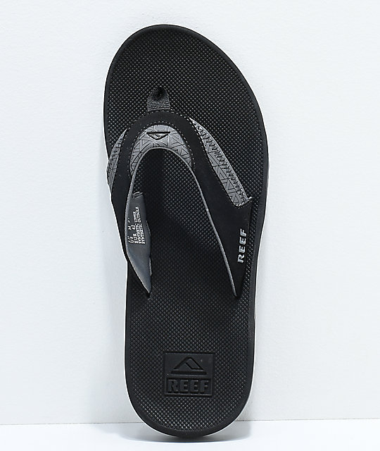 Reef Fanning Black & Triangle Print Sandals