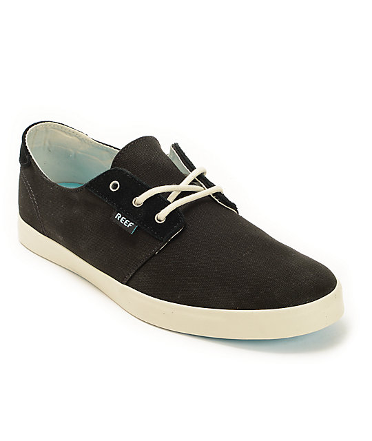 reef gallivant black white canvas shoes