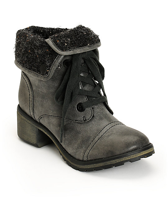 Roxy Bartlett Black Boots