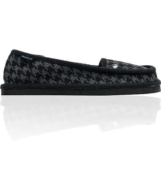 Roxy Del Mar Black & Grey Houndstooth Slippers