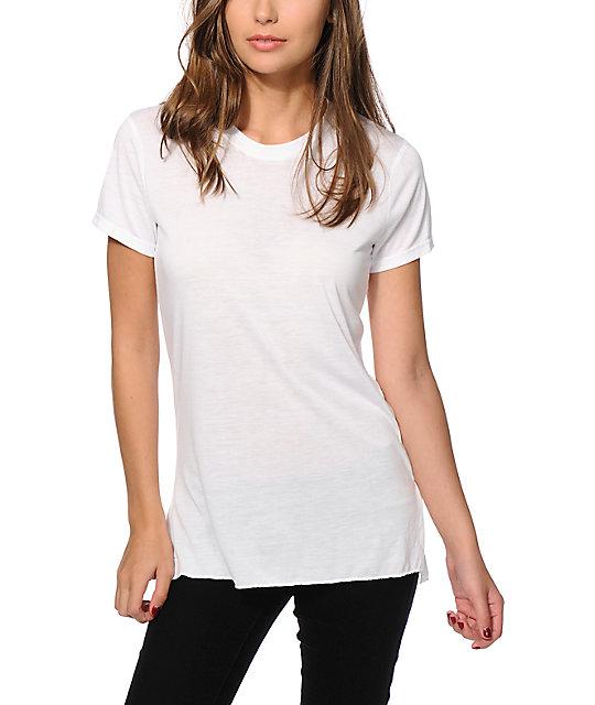 Sirens & Dolls Basic Slit White T-Shirt