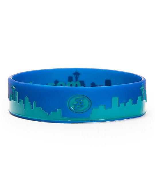Skybands Seattle Skyband Navy & Freshwater Bracelet