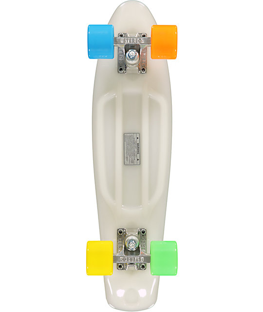 "Stereo Glow In The Dark Vinyl 22.5""  Complete Cruiser Skateboard"