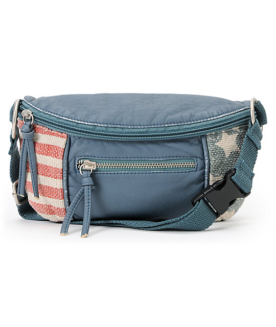 T-Shirt & Jeans American Flag Fanny Pack