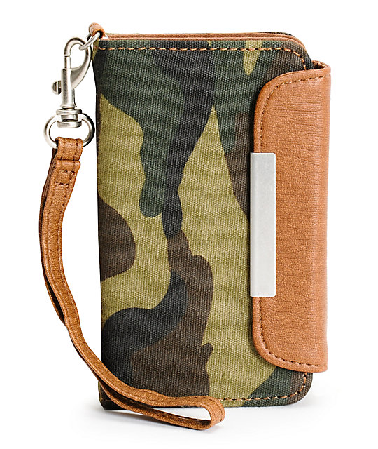 T-Shirt & Jeans Camo Print iPhone Clutch Wristlet