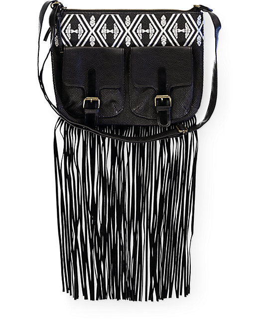 T-Shirt & Jeans Skye Embroidered Fringe Crossbody Purse