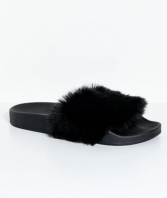 TheWhiteBrand Black Fur Slide Sandals