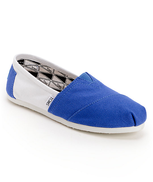 Toms Campus Classics Kentucky Womens Slip On Shoes