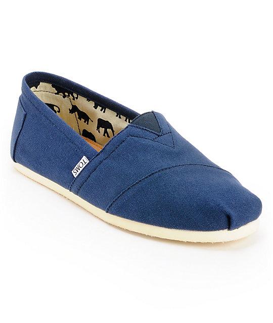 toms classics blue canvas mens slip on shoes zumiez