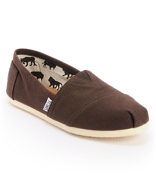 toms classics canvas chocolate slip on s shoe at