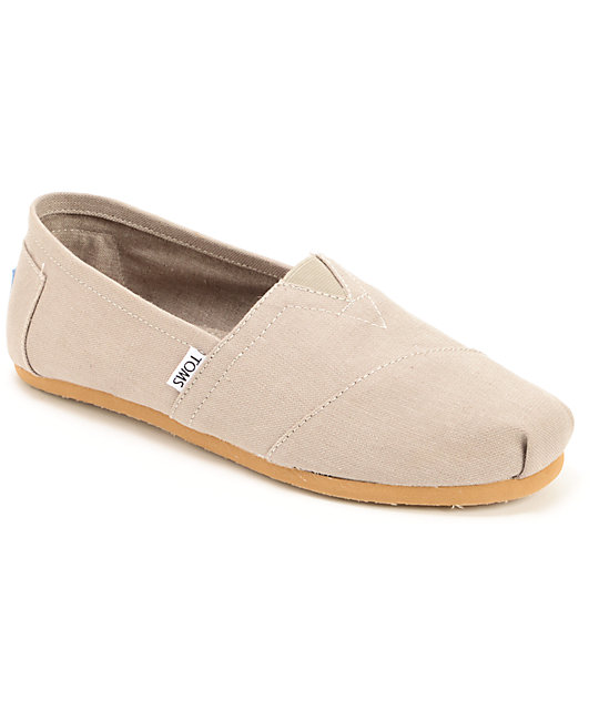 toms classics earthwise light grey mens slip on shoes at