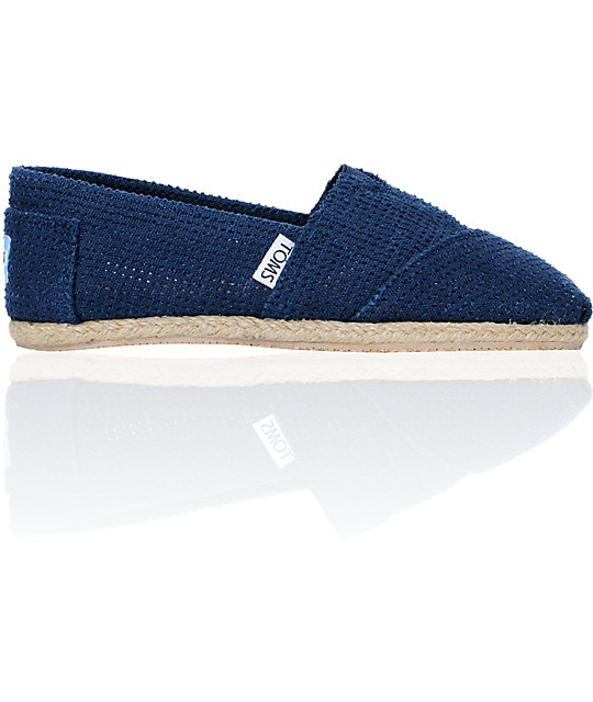 Toms Classics Freetown Perforated Blue Canvas Womens Slip On Shoes