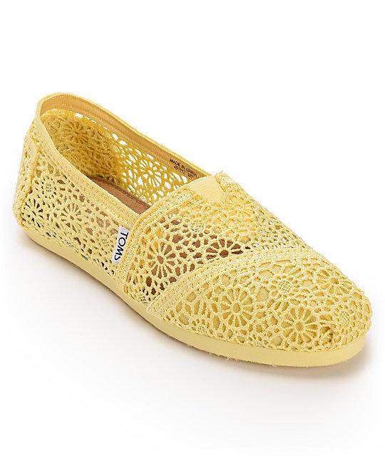 Toms Classics Lemon Yellow Crochet Womens Slip On Shoes