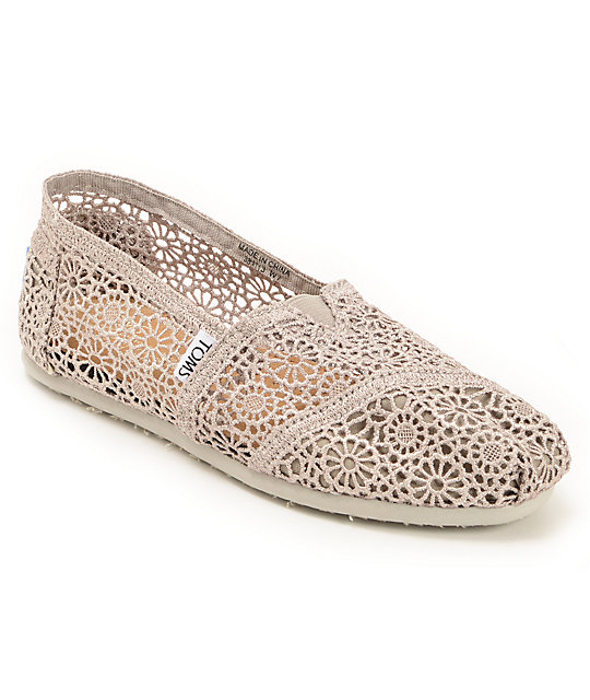 toms classics silver crochet womens slip on shoes