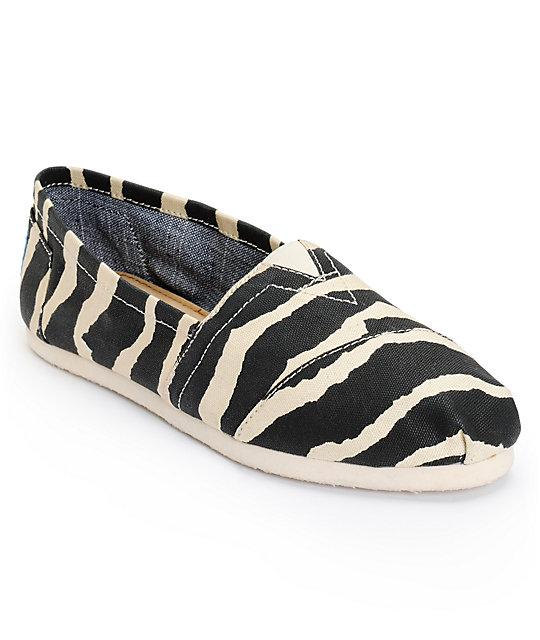 toms classics zebra hemp vegan womens slip on shoes zumiez