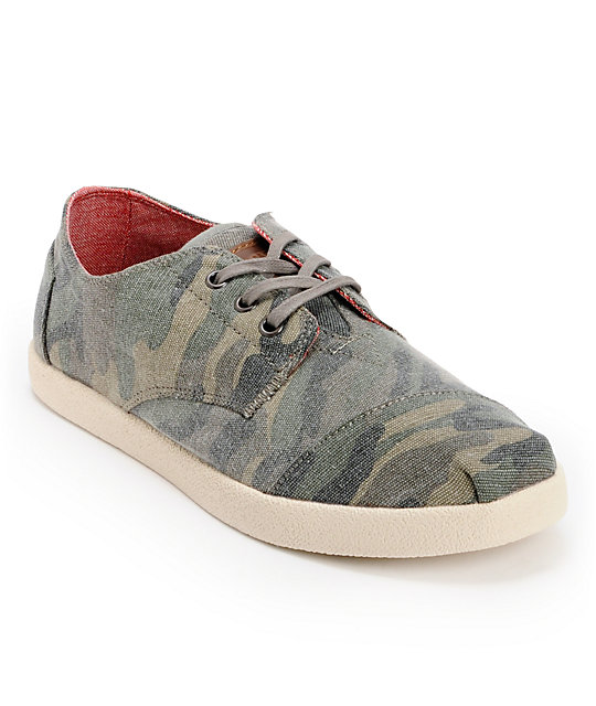 toms paseos camo canvas mens shoes at zumiez pdp