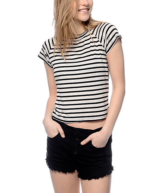 Trillium miss striped grey crop t shirt for Grey striped t shirt