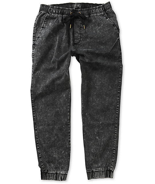 These black acid wash joggers are made of our signature flex denim and feature a drawstring waist, ripped knees, moto panels, and ruched ankles. Shop rue21!