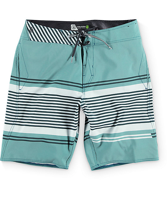 "Volcom Static Layer Mod Green 20""  Board Shorts"
