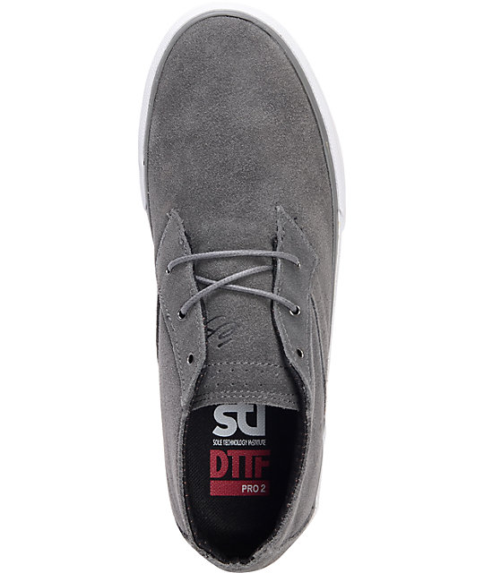 eS Vancouver Mid Dark Grey & White Suede Skate Shoes