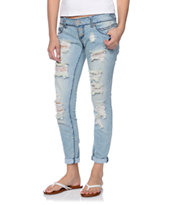Almost Famous Megs Light Wash Skinny Jeans